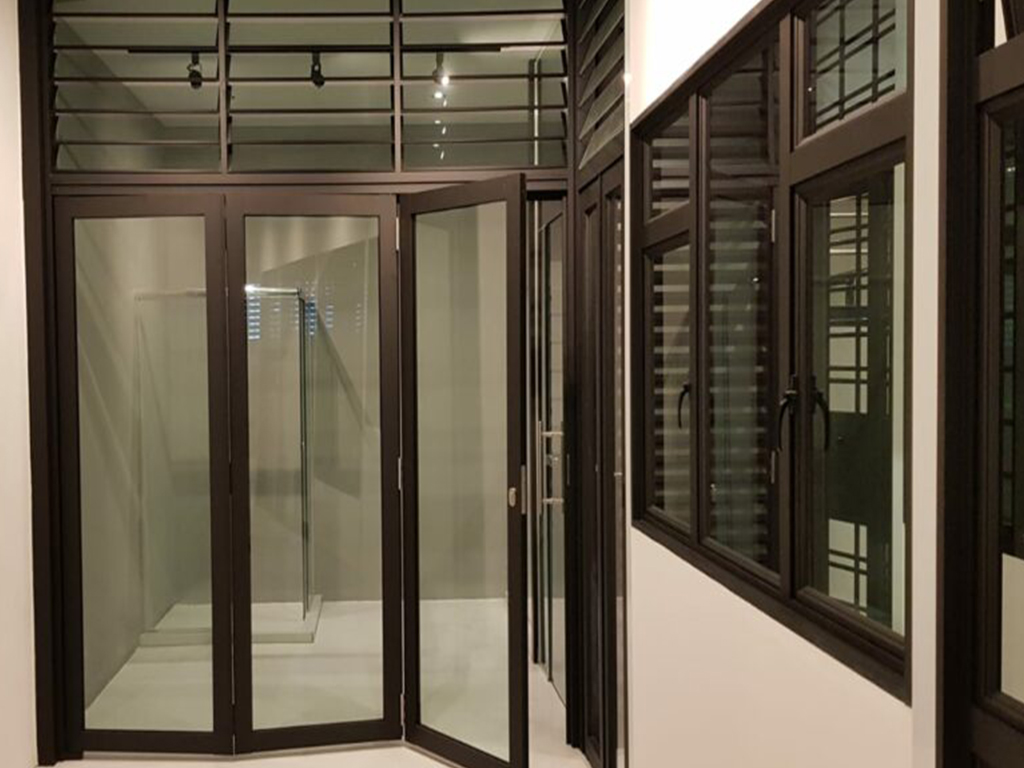 Foldable Fire Glass Door Singapore