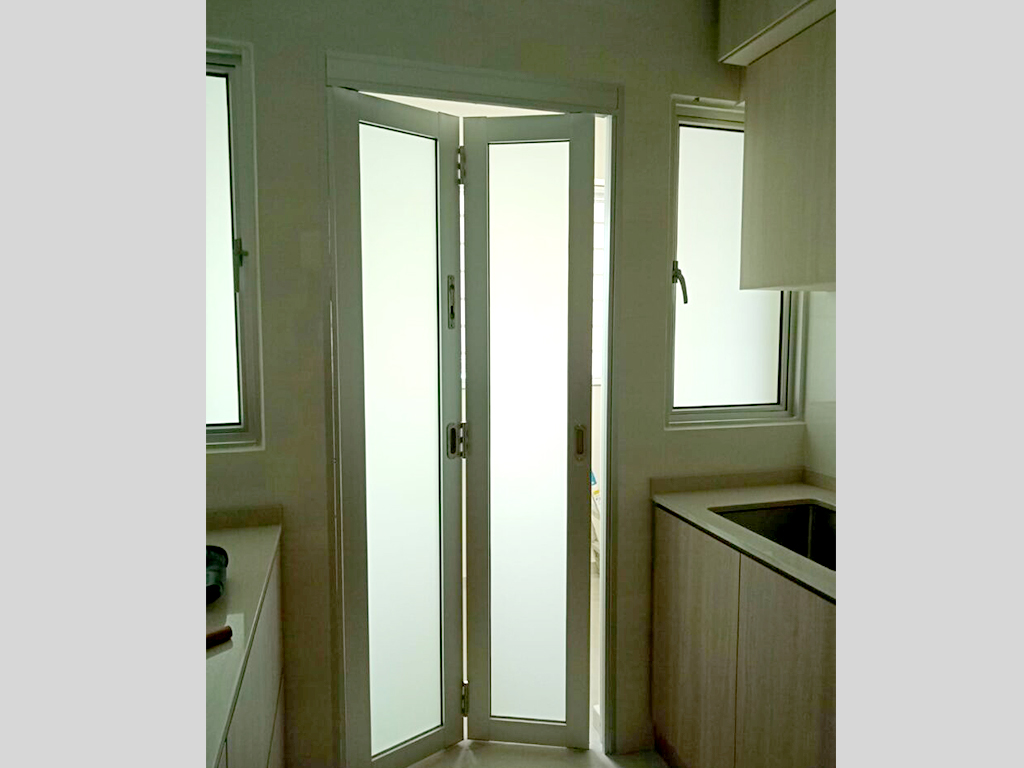 Bathroom and Toilet Bifold Door