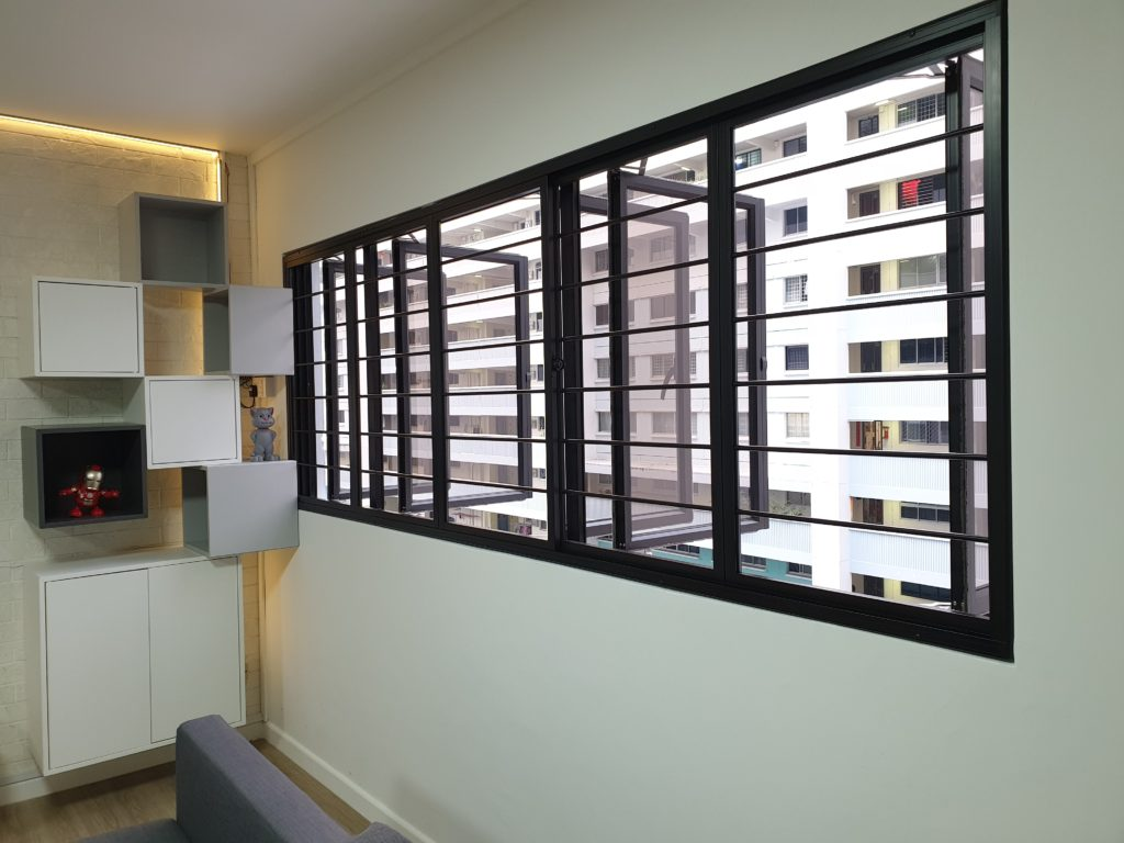 Casement window and Aluminium Window Grill Singapore